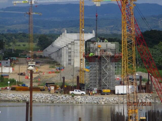 Panorámica construcción puente sobre Río Magdalena UF4