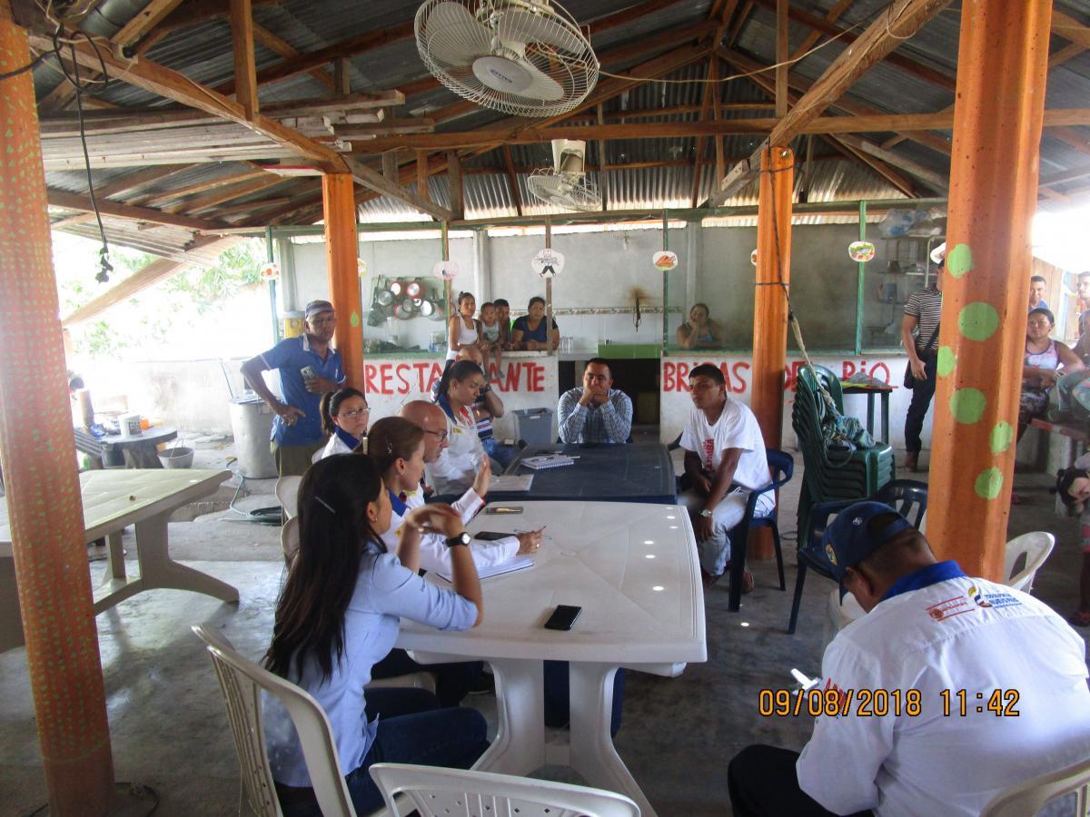 Reunión con las comunidades de las veredas Aterraño y Manjarrés de Cimatarra con el objeto de que la consecución del proyecto vaya de la mano con la comunidad.